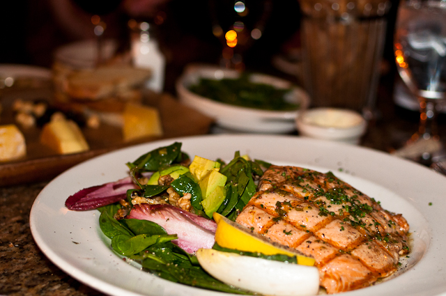 Spinach and Grilled Salmon Salad